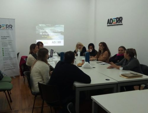 Taller en ADERR junto a CRIAR, comunidad de mujeres emprendedoras